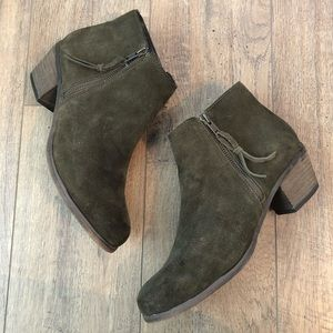 ALDO Olive Green Suede Leather Zip Ankle Boots